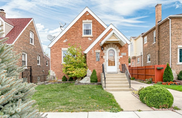 5125 South Lamon Avenue - 5125 South Lamon Avenue, Chicago, IL 60638