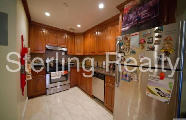 36-04 28TH AVE. - 36-04 28th Avenue, Queens, NY 11103