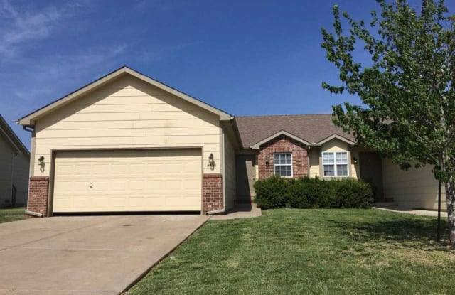 9910 E Kinkaid Cir - 9910 East Kinkaid Circle, Wichita, KS 67207