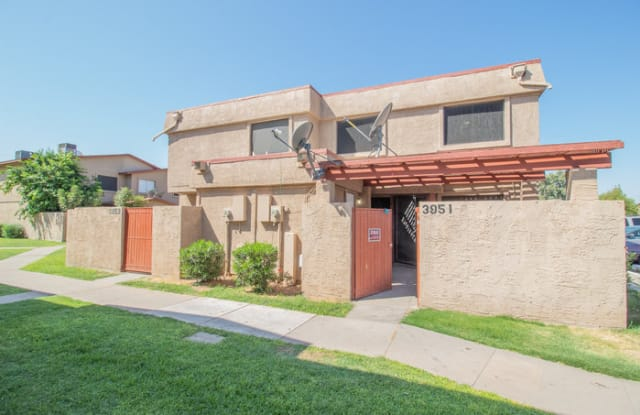 3951 West Reade Avenue - 3951 West Reade Avenue, Phoenix, AZ 85019
