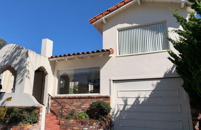 946 Jefferson - 946 Jefferson Street, Monterey, CA 93940