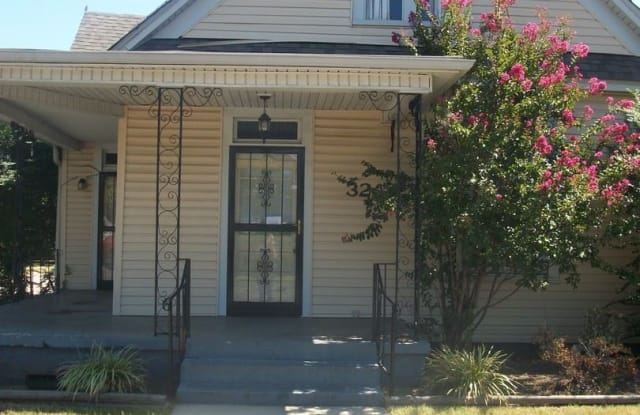 32 N Cooper Street - 32 North Cooper Street, Memphis, TN 38104