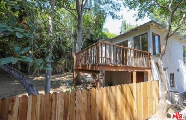 8572 WALNUT Drive - 8572 Walnut Drive, Los Angeles, CA 90046