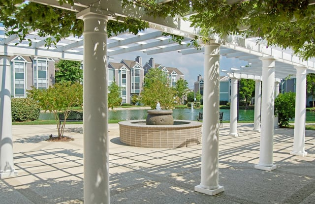 The Lakes of Chateau Estates - 3700 Loyola Dr, Kenner, LA 70065
