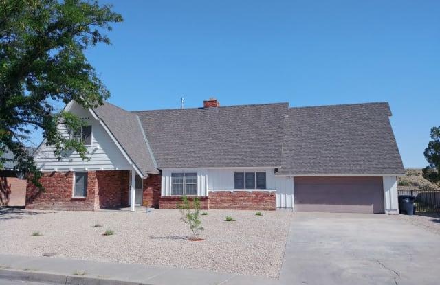 2609 Cutler Ave NE - 2609 Cutler Avenue Northeast, Albuquerque, NM 87106
