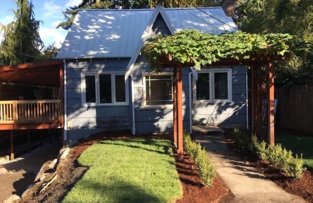 14008 Stone Ave N - 14008 Stone Avenue North, Seattle, WA 98133