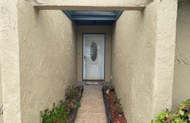 5560 GREATPINE LN S - 5560 Great Pines Lane, Jacksonville, FL 32244