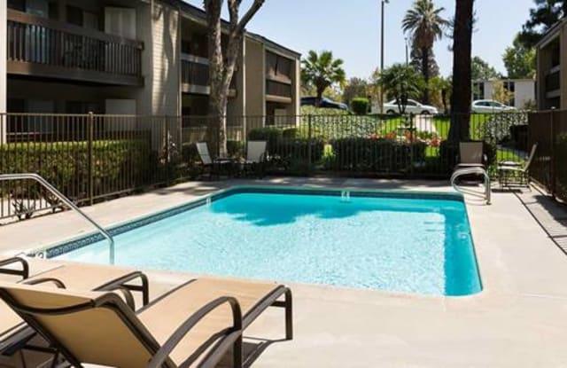 eaves San Dimas - 477 E Bonita Ave, San Dimas, CA 91773