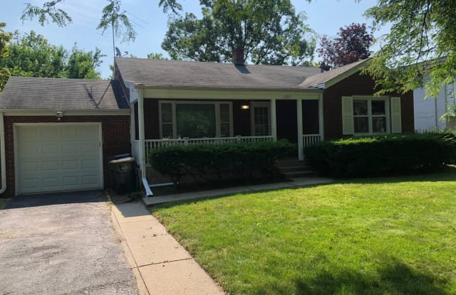 1347 Tyrell Avenue - 1347 Tyrell Avenue, Park Ridge, IL 60068