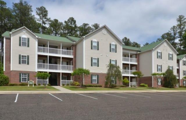 Lakeshore Grande - 505 Regency Dr, Fayetteville, NC 28314