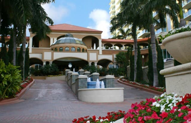 Intracoastal Yacht Club - 16900 N Bay Rd, Sunny Isles Beach, FL 33160
