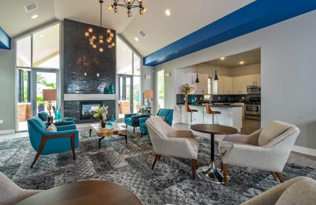 Eastland Trails Apartments - 4631 S Eastland Center Dr, Independence, MO 64055