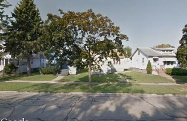 1312 9th St - 1312 9th Street, Rock Island, IL 61201