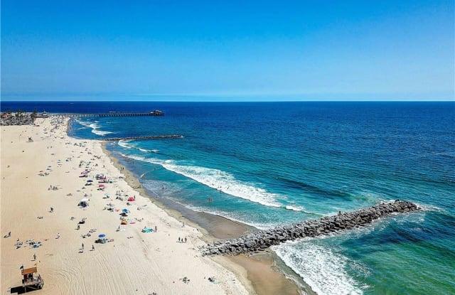 114 33rd Street - 114 33rd Street, Newport Beach, CA 92663