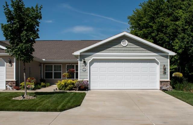 Redwood Shelby Township - 45800 Beacon Drive, Detroit, MI 48315