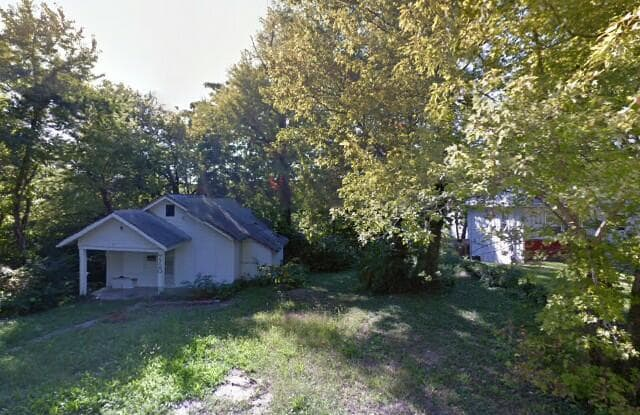 7720 Montgall Ave - 7720 Montgall Avenue, Kansas City, MO 64132
