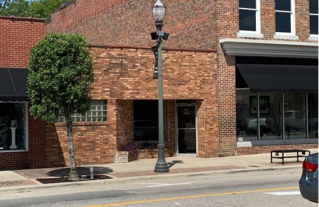 106 West Main Street - 1 - 106 W Main St, Benson, NC 27504