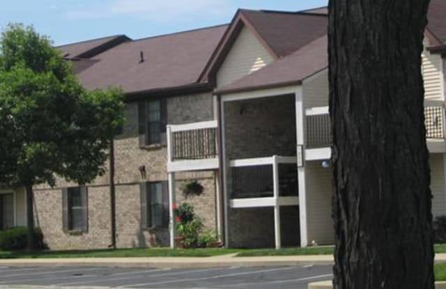 Water Dance - 1700 Morningside Dr, Shelbyville, IN 46176