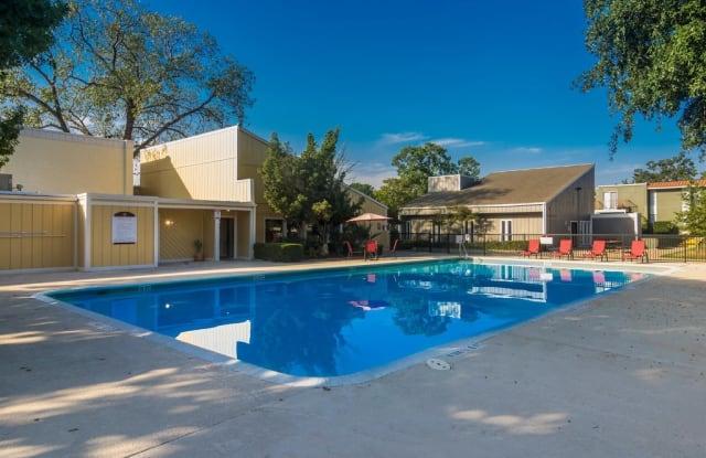 La Silva - 3903 Barrington St, San Antonio, TX 78217