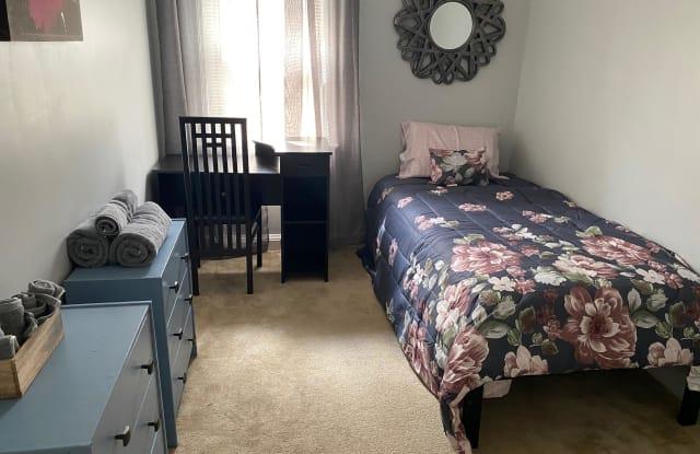 5505 Lothian Road - small room - 5505 Lothian Road, Baltimore, MD 21212