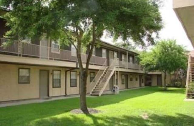 Casa De Grande - 905 Ashland Rd, Channelview, TX 77530
