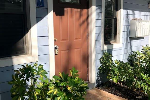 413 SE 16th St - 2 - 413 Southeast 16th Street, Fort Lauderdale, FL 33316