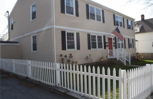 45 Hammond Street - 45 Hammond Street, Newport, RI 02840