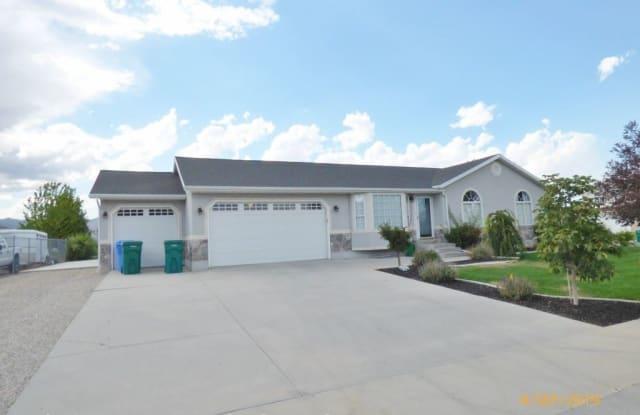 12402 S Elm Meadows Rd 3120 W - 12402 3145 West, Riverton, UT 84065