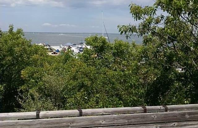 17 EAST WALK, PER WEEK - 17 East Walk, Fire Island, NY 11770