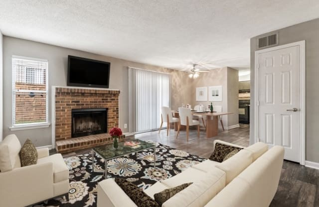 Circa and Ecco Apartments - 501 Northridge Rd, Atlanta, GA 30350