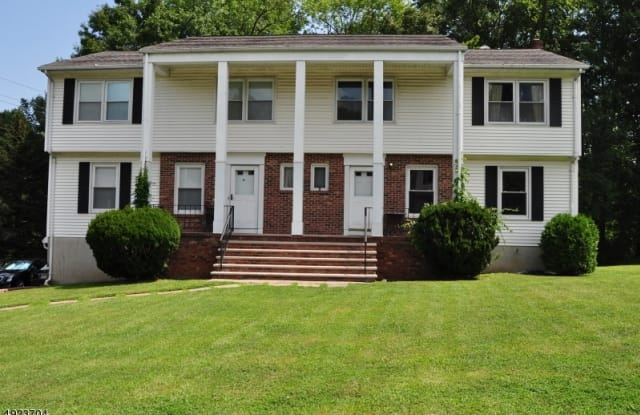 1 COLBY CT - 1 Colby Court, Lincoln Park, NJ 07035