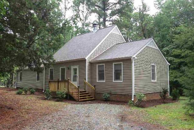 101 Martha Lane - 101 Martha Lane, Chapel Hill, NC 27514