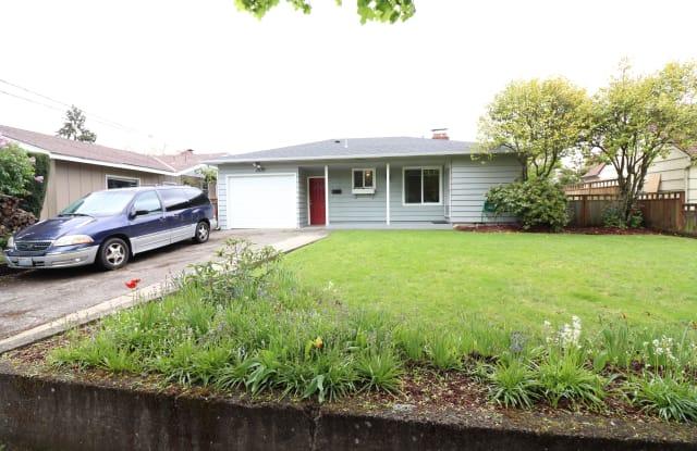 1670 Yew St SE - 1670 Yew Street Southeast, Salem, OR 97302
