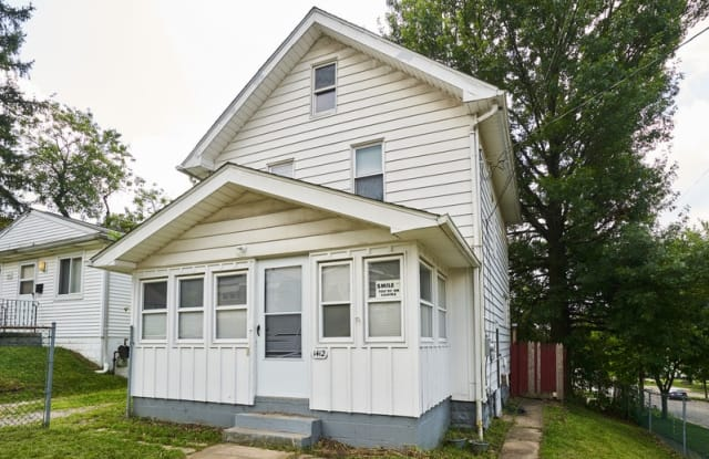 1412 Honodle Avenue - 1412 Honodle Avenue, Akron, OH 44305