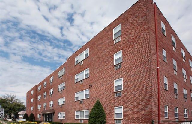 Audubon Arms Apartments - 277 S White Horse Pike, Audubon, NJ 08106
