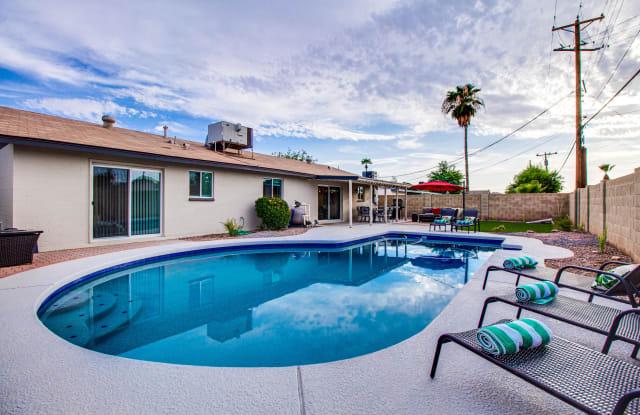 8026 E MONTE VISTA Road - 8026 East Monte Vista Road, Scottsdale, AZ 85257