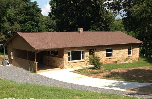 2760 Peach Orchard Rd - 2760 Peach Orchard Road, Blount County, TN 37803
