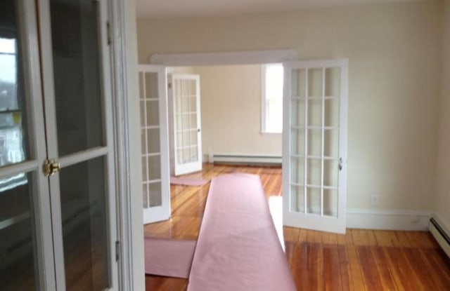 21 Bedford - Quincy, MA apartments for rent