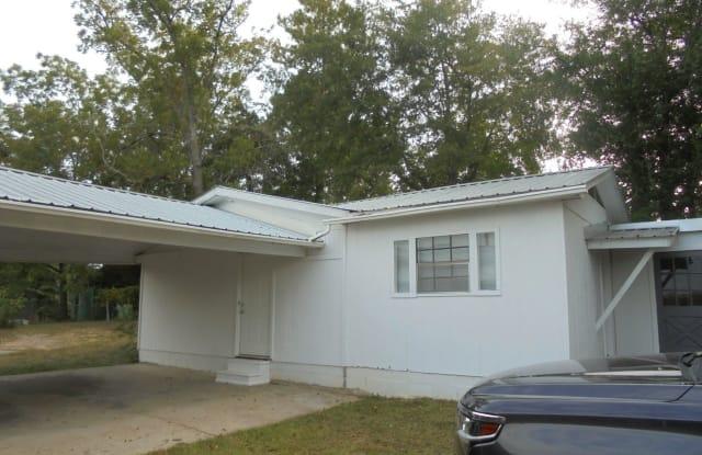 168 Acker Ave B - 168 Acker Ave, Ozark, AL 36360