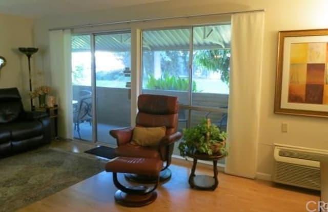 781 Via Los Altos - 781 Via Los Altos, Laguna Woods, CA 92637