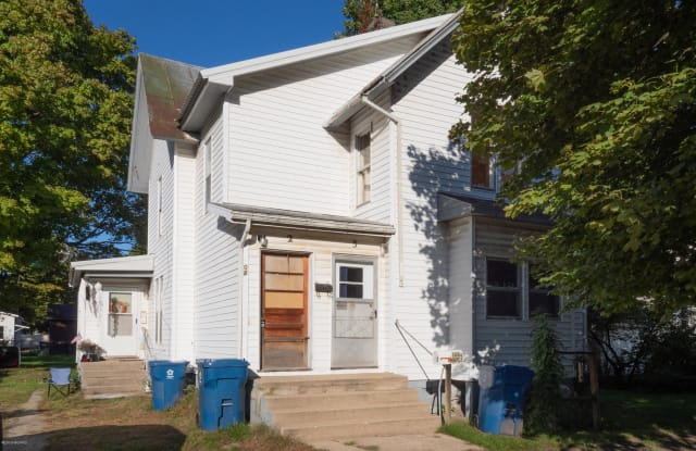 108 N Maple Street - 108 North Maple Street, Hartford, MI 49057