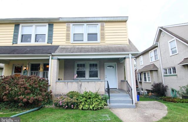335 W 10TH AVENUE - 335 West 10th Avenue, Conshohocken, PA 19428