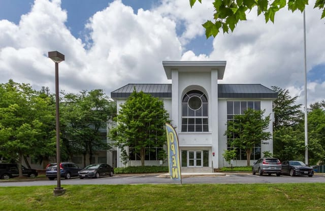 Flats at Shady Grove - 1380 Piccard Dr, Rockville, MD 20850
