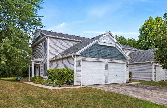 2640 Country Oaks Court - 2640 Country Oaks Court, Aurora, IL 60502