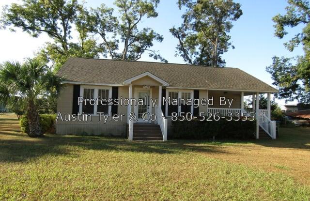 4173 Baltzell Street - 4173 Baltzell Street, Marianna, FL 32446