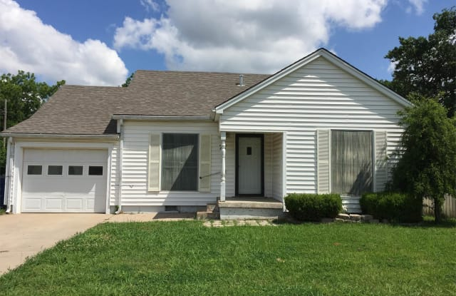 805 W Elder - 805 West Elder Avenue, Duncan, OK 73533