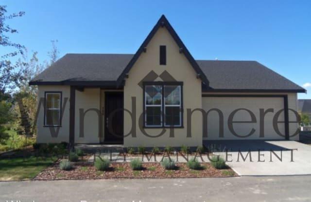 766 SE Nuthatch Drive - 766 Nuthatch Drive, College Place, WA 99324
