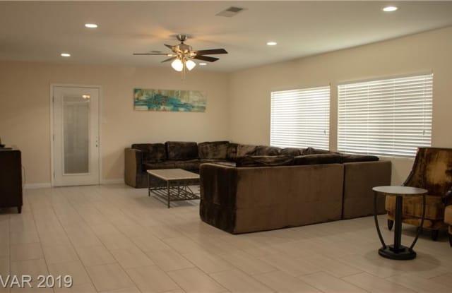 555 GRIFFITH Avenue - 555 Griffith Avenue, Las Vegas, NV 89104