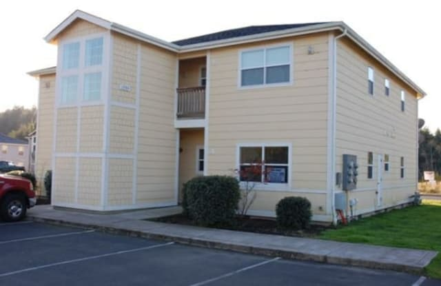 1990 SE Chokeberry Ave Unit A - 1990 SE Chokeberry Ave, Warrenton, OR 97146