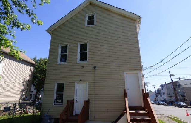 181 CLINTON ST - 181 Clinton St, Paterson, NJ 07522
